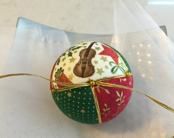 Christmas Fabric Ball Ornament (1 ball)