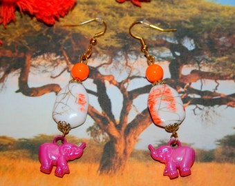 Elephants fuchsia earrings
