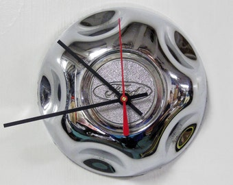 Recycled Wall Clock - 1995 - 2005 Ford Explorer Ranger Pickup Truck Hubcap Clock  - Chrome SUV 1996 1997 1998 1999 2000 2001 2002 2003 2004