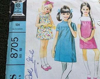 Vintage 60's Mod Girls Shift Dress McCall's 8705 Sz 10