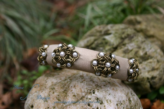 TUTORIAL Japanese Chainmaille Flower Bangle with Beads