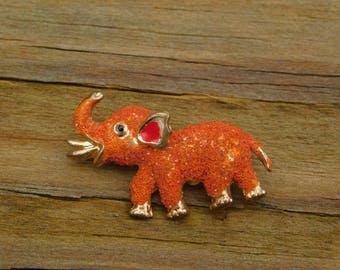 Very Very Cute Little Baby Elephant Scatter Pin Brooch Mid Century