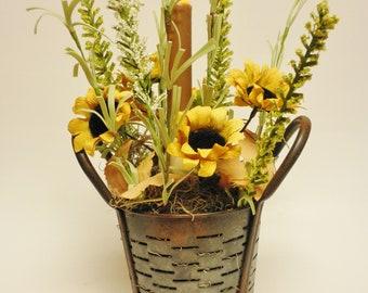 Lighted Flower Arrangement with Candle, Spring Decor, Country Farmhouse Decor, Lighted Accents, Floral Arrangements, Primitive Decor
