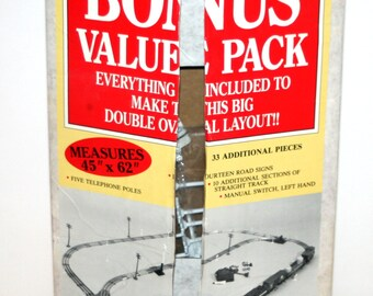 Vintage 1980's LIONEL 'Bonus Value Pack' of O Guage Tin Tracks In Original Box