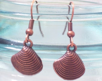 Antiqued Copper Clam Shell Earrings, Beach Earrings, Beach Jewelry, Copper Earrings, Nautical Jewelry, Nautical Earrings