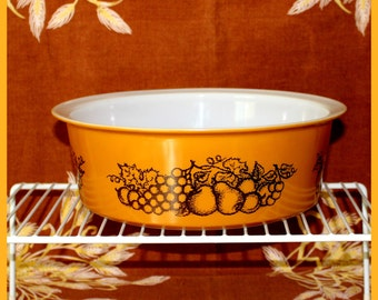 PYREX Big Bertha Old Orchard Hard to Find 4 Qt. Round #664 Casserole Baking Dish - 1970s