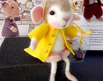 Mouse Doll, Needle Felted / Heirloom Collectible/ Miss Melissa Mouse