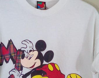 Vintage 80s Disney Mickey Mouse cropped tshirt