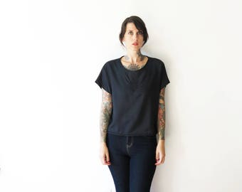 80s vintage revived embroidered chest black crop blouse// small medium