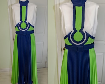 Vintage 60's Blue & Green Space Aged Mod Applique Graphic Pleated Dress