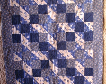 Vintage Blue White Lap Quilt Block Coverlet Throw 35 x 46 Romantic Cottage Chic Farmhouse French Country