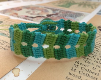 Ocean double variegated friendship bracelet