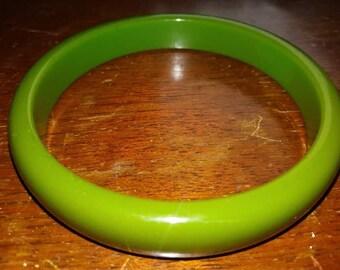 Vintage green bangle possibly bakelite