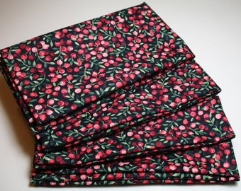 Large Cloth Napkins - Set of 4 - Red Cranberries on Black Napkins Everyday Dinner Table Napkins Luncheon Tea Party Hostess Gift