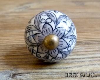 "1.25"" Grey Black and White Floral Ceramic Knob - Flower Drawer Pull - Decorative Knob - Cabinet Kitchen Decor"