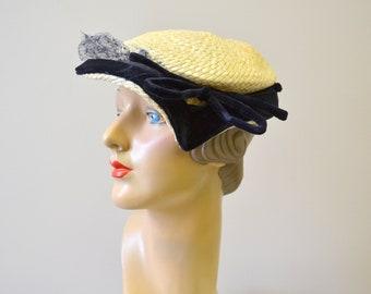 1940s Cream and Navy Straw and Velvet Hat