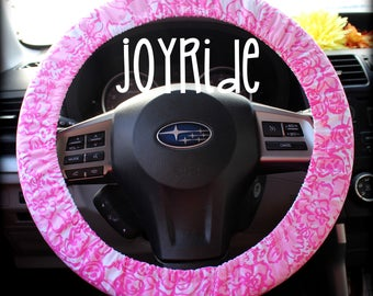 Lilly Pulitzer Fabric Steering Wheel Cover She's a Fox Print Fully lined with Grip Tight Car Accessories Designer