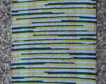 """Handwoven rag rug, Swedish-style. 20"""" x 33"""""""