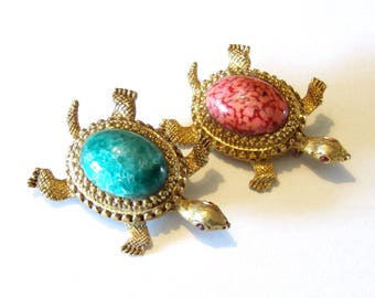 Set of 2 Turtle pins with cabochons and rhinestone eyes