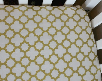 Fitted Crib Sheet or Changing Pad Cover - Metallic Gold Quatrefoil