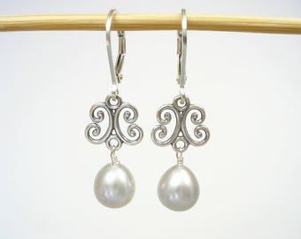 Gray Pearl Earrings, Real Pearl Silver Earrings, Leverback, Bridal Pearl Earring, Filigree Earrings, June Birthstone, Oval Pearl. Genuine