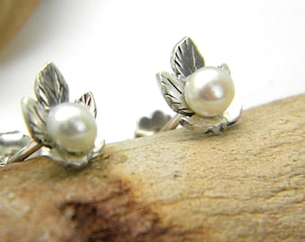 Sterling silver pearl earrings- leaf  studs - pearl post earrings - organic nature earrings- white pearls, small earrings  botanical jewelry