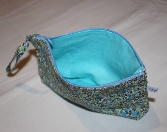 Cotton makeup pouch turquoise linen