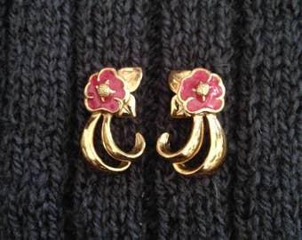 Vintage Avon Tropical Splendor Earrings - Fuchsia Flower Stud / Post - #295