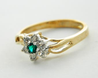 Vintage Emerald CZ Flower Bypass Ring - VGE316