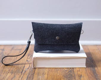 Tiny Clutch in Charcoal