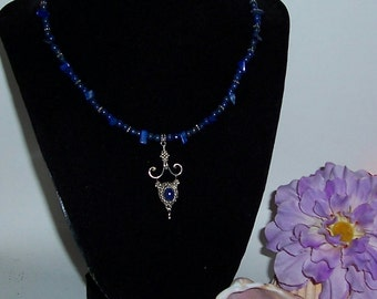 Neclace and earrings Lapis
