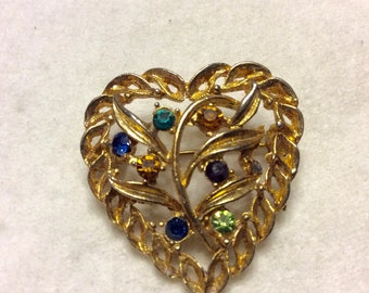 Vintage family tree rhinestones heart gold metal brooch pin.