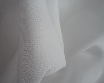 Fabric cotton/polyester sheer white 100 * 120 cm