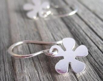 Tiny Silver Flower Earrings, Small Silver Dangle Earrings, Daisy Earrings