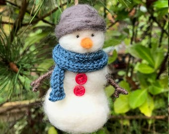 Needle Felted Snowman - Christmas Ornament - Gift - Wool Sculpture - Tree Decoration