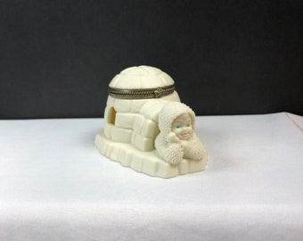 "Department 56 Snowbabies ""Home Sweet Home"" Igloo Hinged Trinket Box, no box"