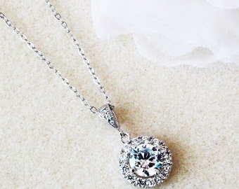 Round Halo Necklace Crystal Necklace Bridesmaid Necklace Silver Crystal Wedding Jewelry Bridesmaid Gift For Her Girlfriend Gift