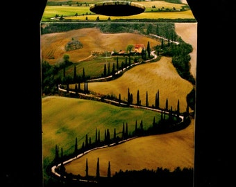 Tissue Box Cover Winding Lane in Tuscany