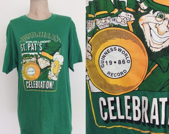 1986 Houlihan's World Record Green St Patricks Day Vintage Tee Unisex Size Large XL by Maeberry Vintage