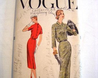 Vintage 1950s Vogue 8960 one piece dress sewing pattern