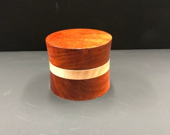 Padauk and Curly Maple Ring (jewelry) Box