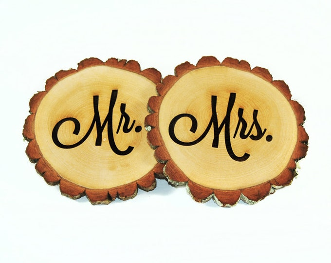 Personalized Tree slices 'Mr. & Mrs.' signs