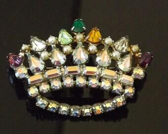 B David Vintage Brooch Crown Signed Marked Rhinestone Costume Jewelry