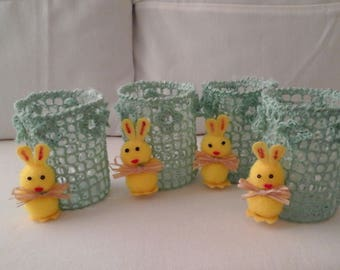 lot 4 baskets and Easter bunnies