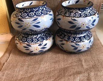 Set of 4 chili bowls