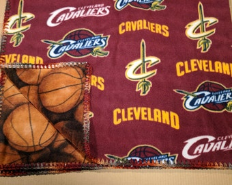 Cleveland Cavaliers Fleece Blanket-Reverse Side Basketball Pattern