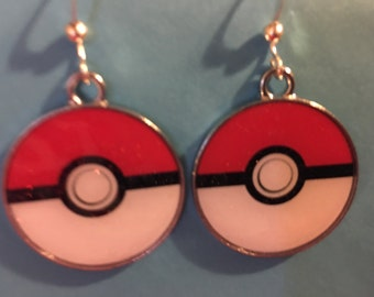 Pokemon Pokeball Poke ball Earrings    B45