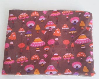 Snood pattern child small mushrooms