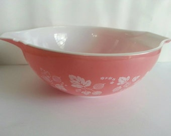 Vintage Pyrex Pink Gooseberry 4 Qt. Cinderella Mixing Bowl #444