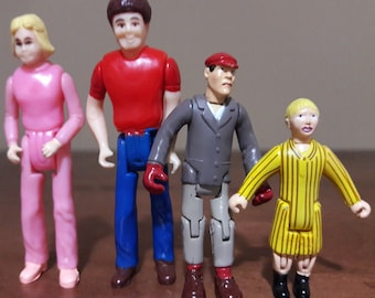 NYLINT Vintage Mini Action Figures - boy and girl brother and sister red shirt blue jeans blone pink jump suit 2 inch minature toy wbe